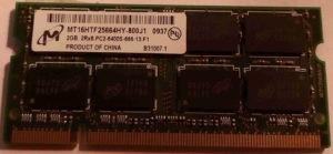 M16HTF25664HY-800J1 HP 582086-001, RAM MICRON DDR2 2Gb non ECC PC2-6400, latence CL6, 1.8V +/-0.075, taux de transfert : 800 MHz.